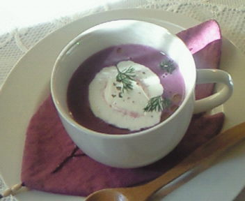 紫芋のポタージュ。