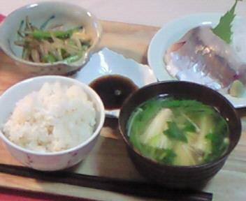 お刺身朝食〜。